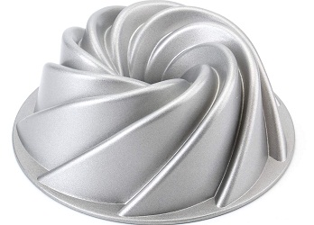 Tosnail – 9 inch Bundt cake pan