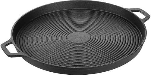 Amazon Basics cast iron pizza pan