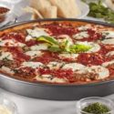 Chicago Metallic professional non-stick pizza pan